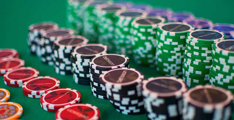 Beautiful poker dealer for your upcoming Montreal Bachelor Party